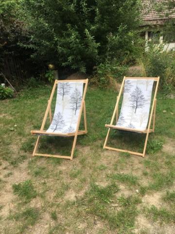 leżaki w ogrodzie dla gości   Pokoje nad jeziorem łagowskim